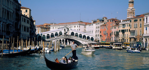 Rialto-Bridge-Venice