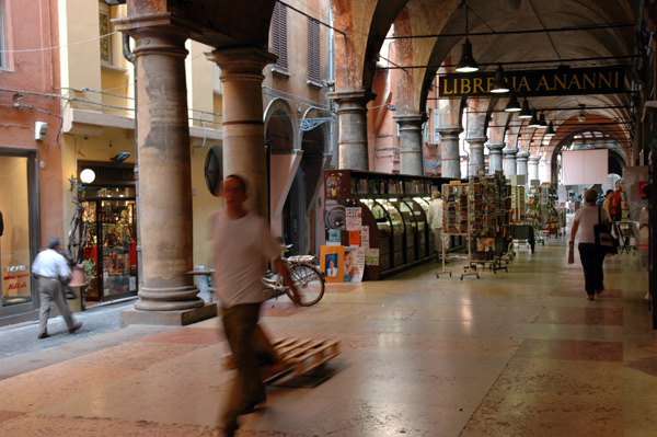 Bologna-Arcade