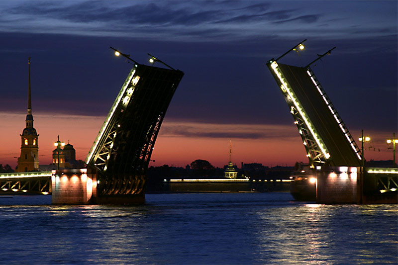 Saint Petersburg Bridge Raising