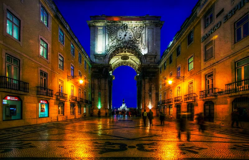 Lisbon-by-night
