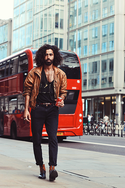 Sero Demir discovering London (Photographer: Nilik Khimani)
